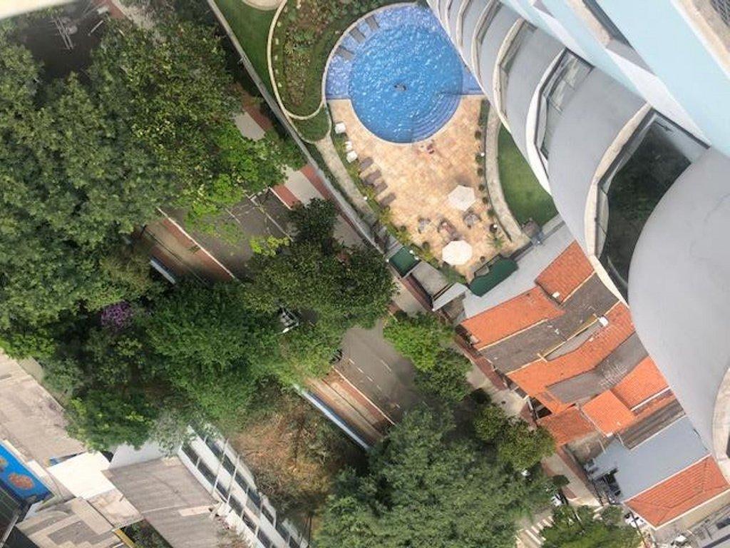 Fachada do Condomínio Condominio Edificio Side Park.