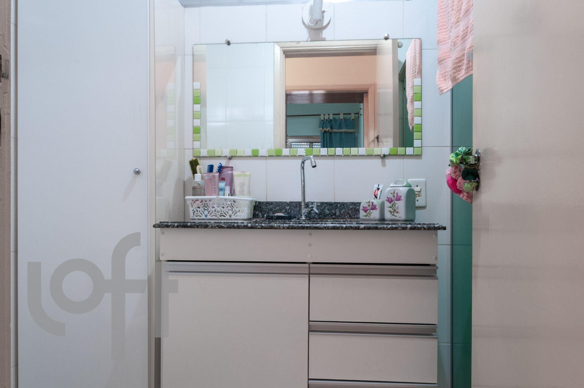 Foto de Cozinha com escova de dente