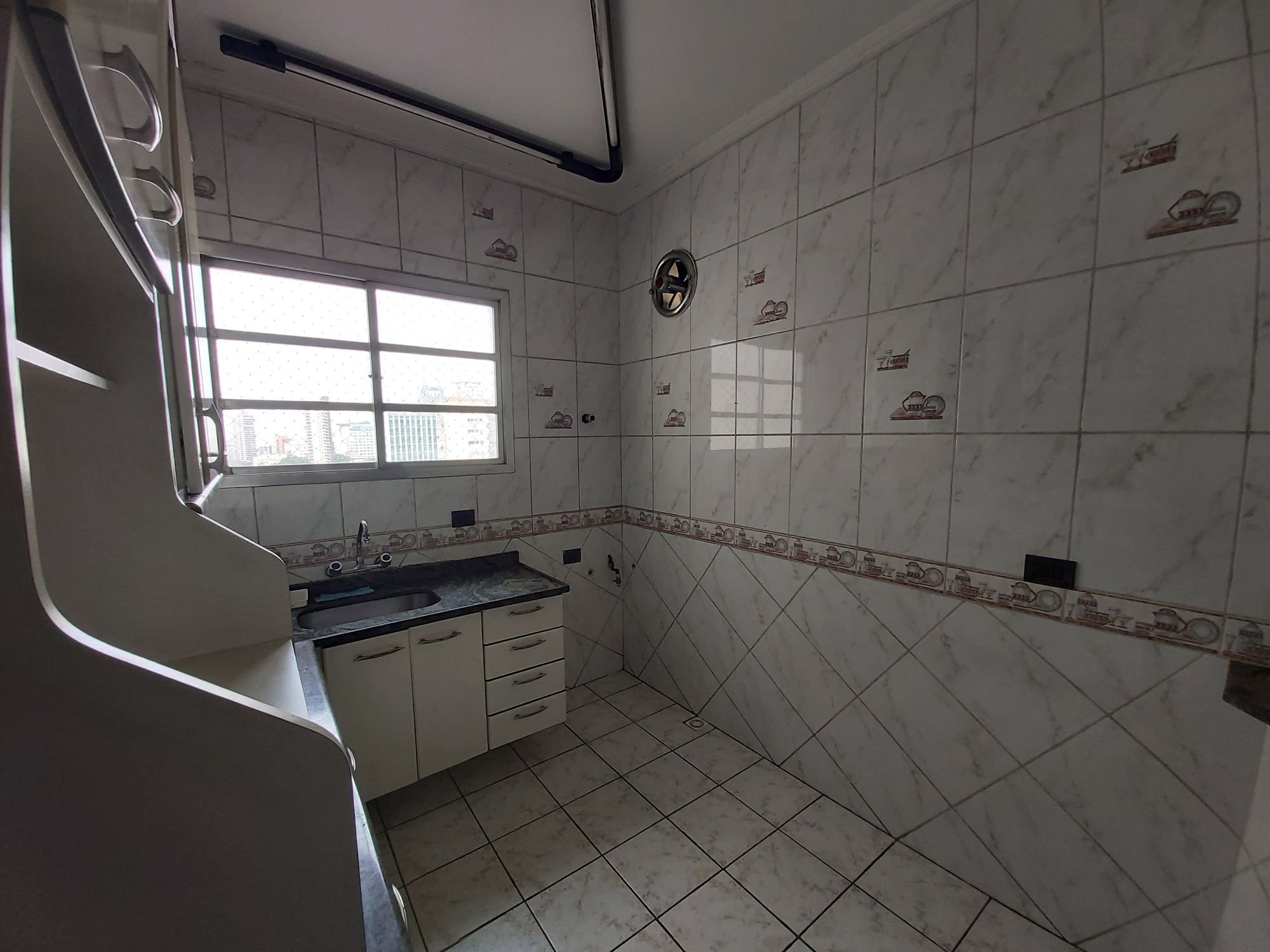 https://content.loft.com.br/homes/15ssg2d/desktop_kitchen04.jpg