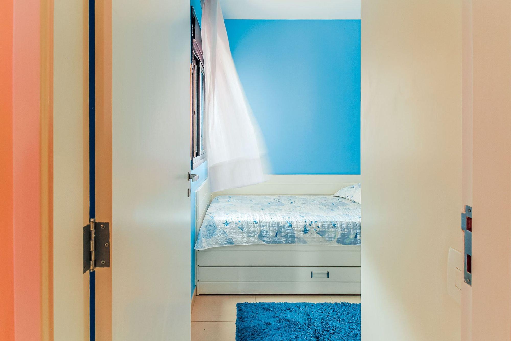 desktop_master_bedroom30.jpg