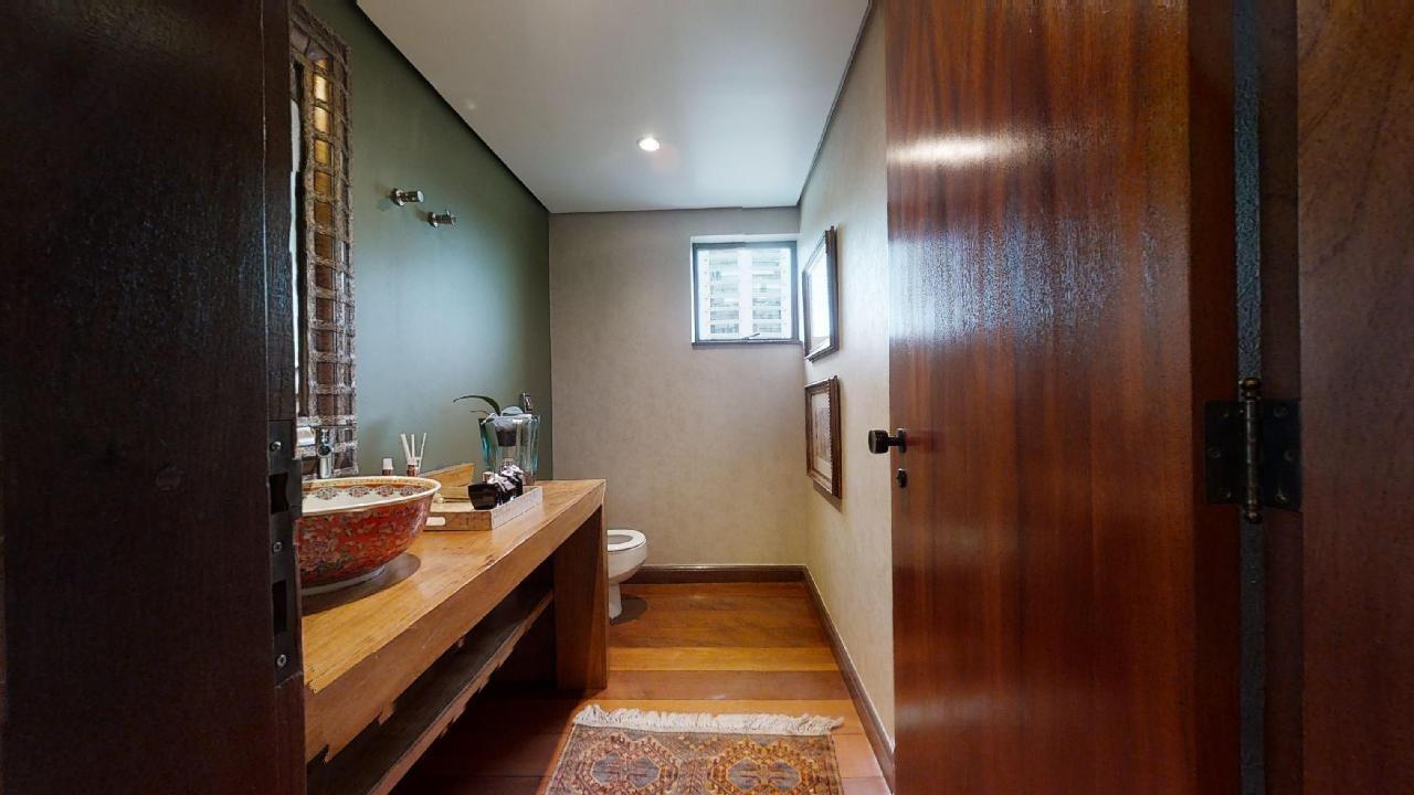 desktop_bathroom04.jpg