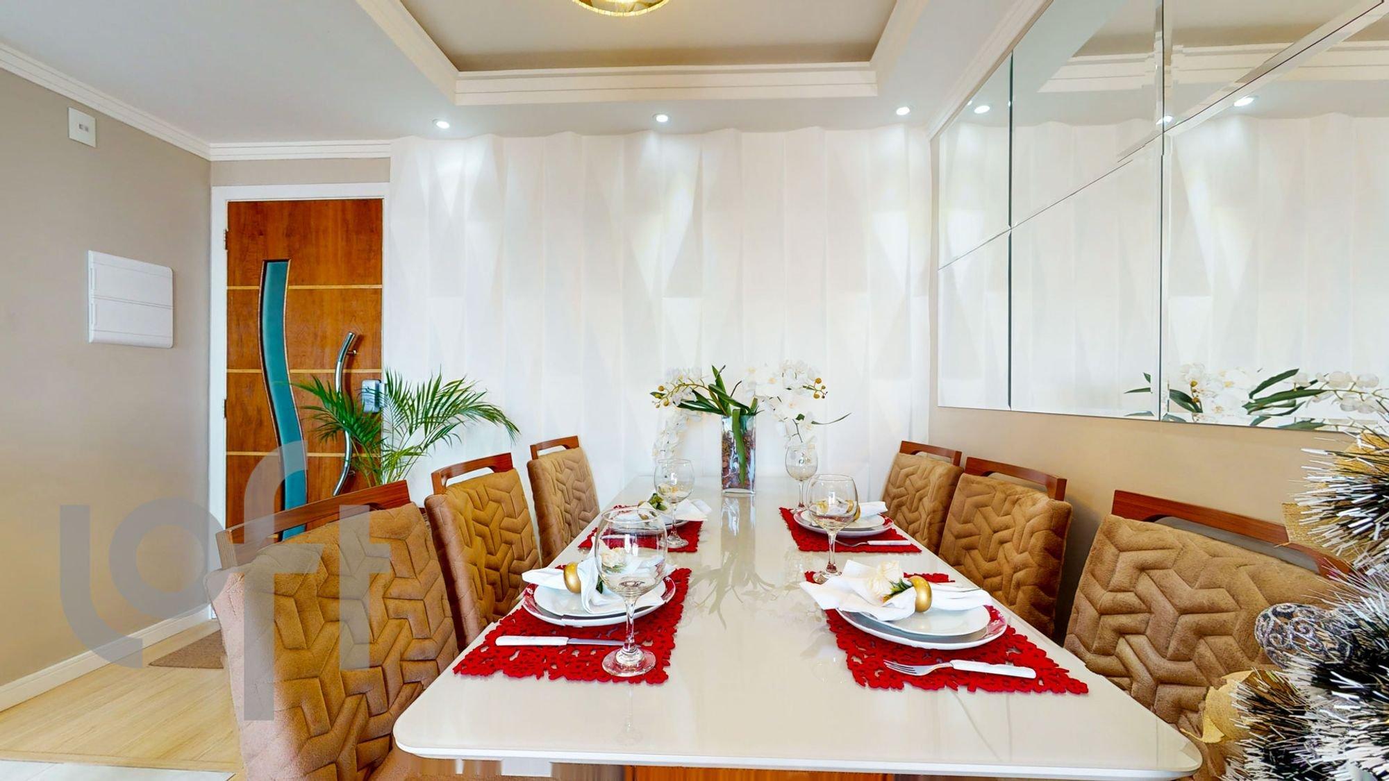 Foto de Sala com vaso de planta, copo de vinho, vaso, cadeira, mesa de jantar, xícara