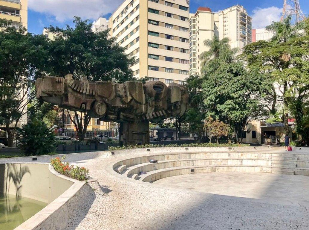 Fachada do Condomínio Conjunto Praças dos Franceses