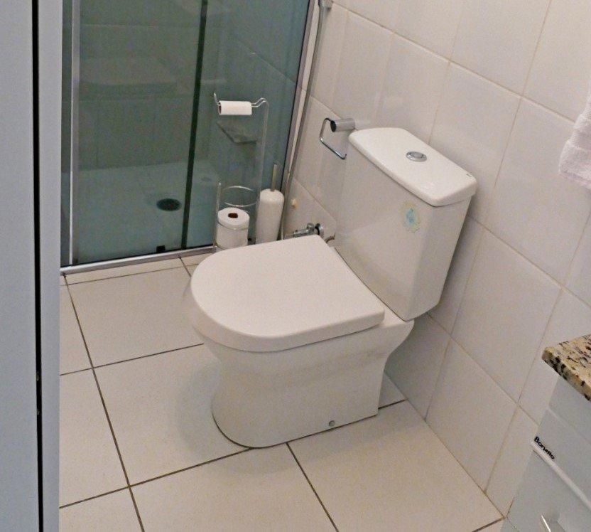 desktop_bathroom0.jpeg