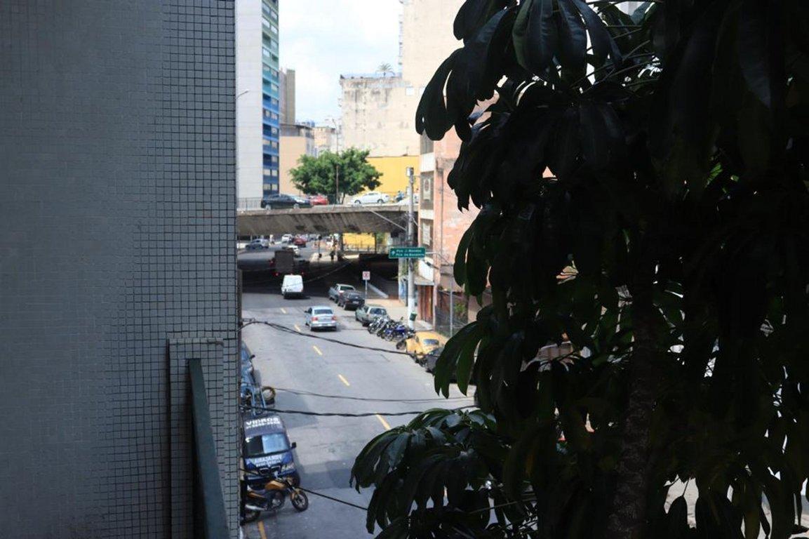 Fachada do Condomínio Edifício Analeamaris