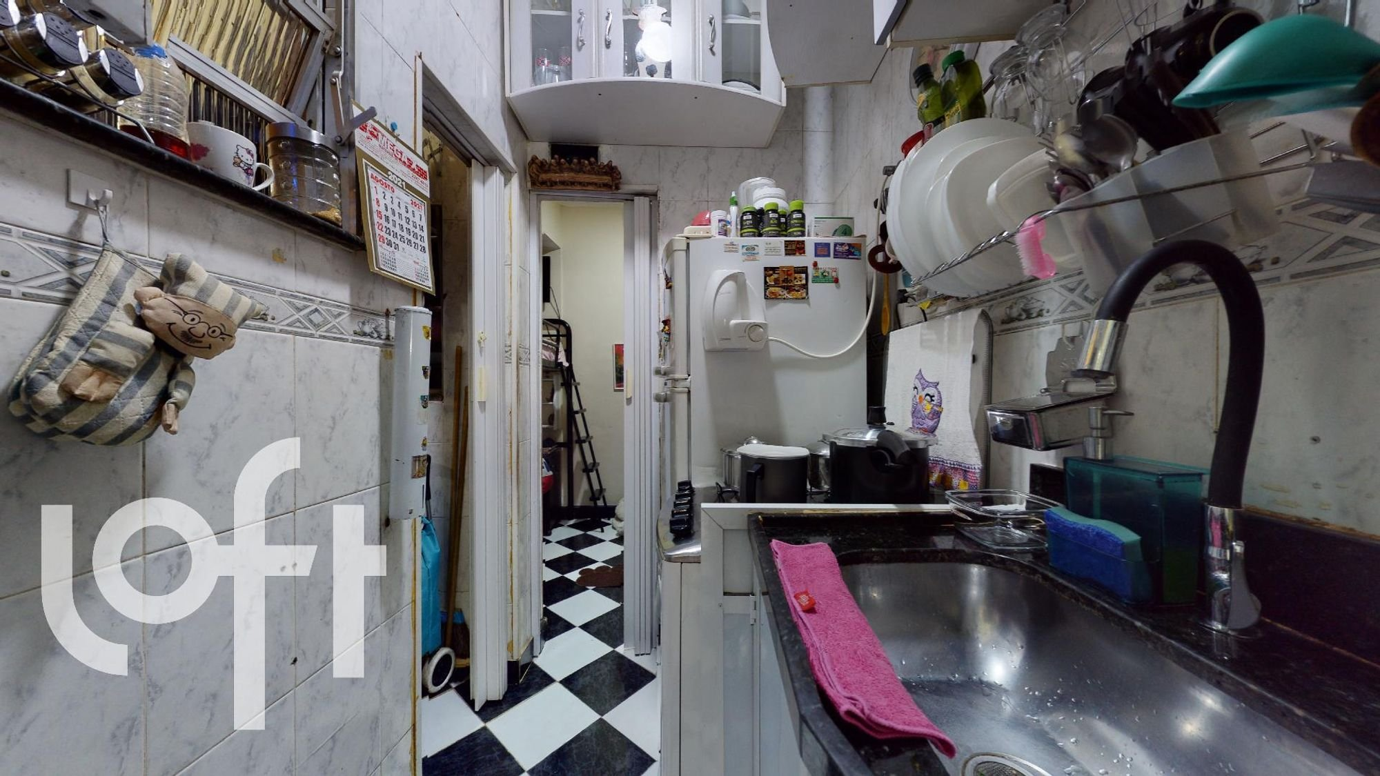 Foto de Cozinha com forno, garrafa