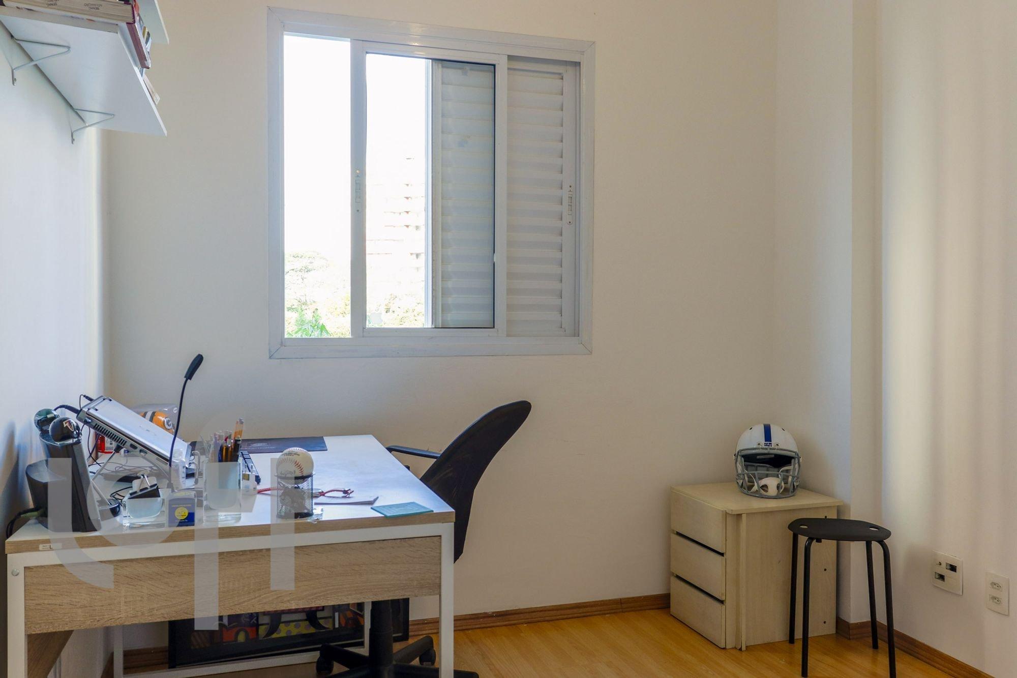 desktop_master_bedroom29.jpg