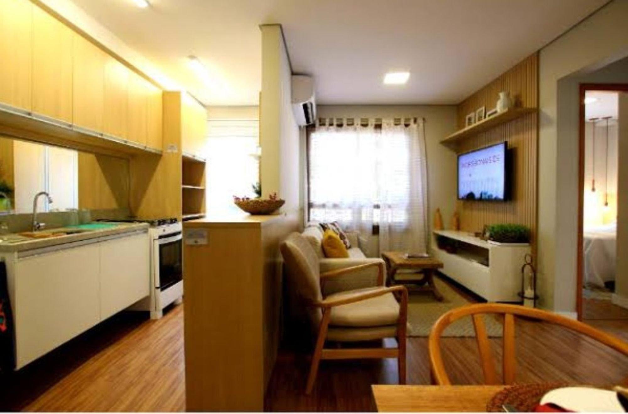 Foto de Cozinha com vaso de planta, forno, tigela, pia, cadeira