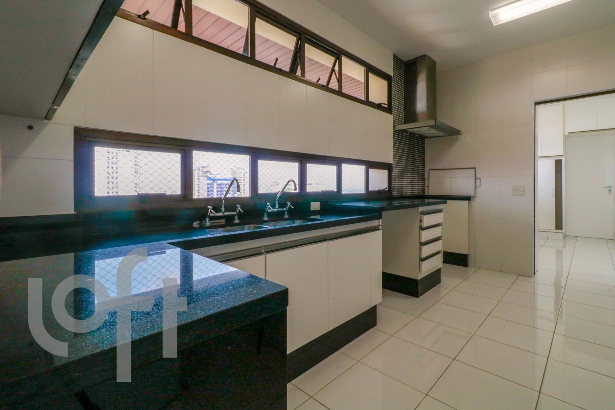 desktop_kitchen11.jpg