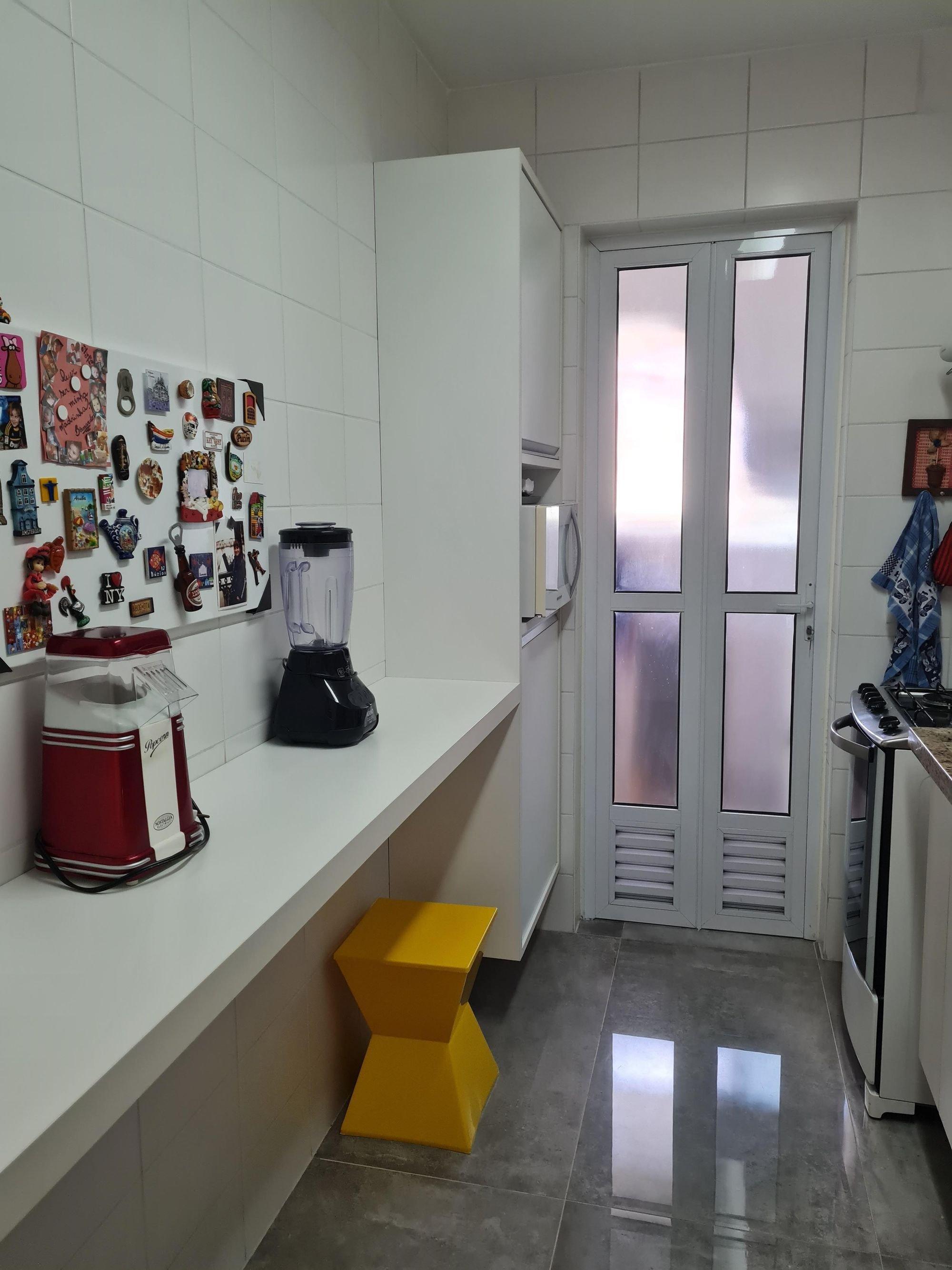 Foto de Hall com forno, bolsa, microondas