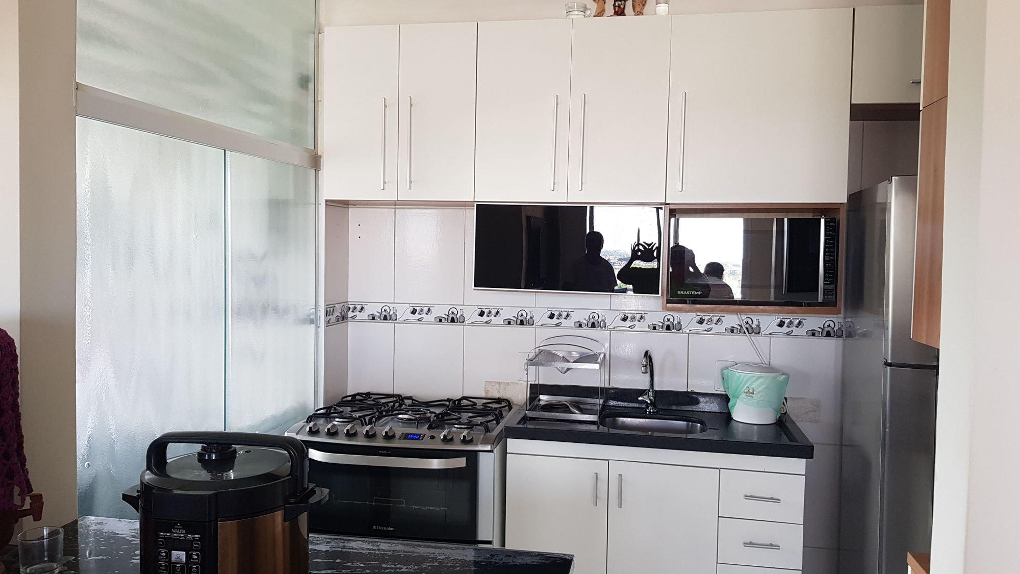 Foto de Cozinha com forno, pessoa