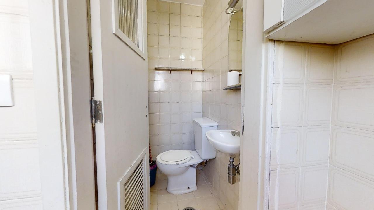 desktop_bathroom03.jpg