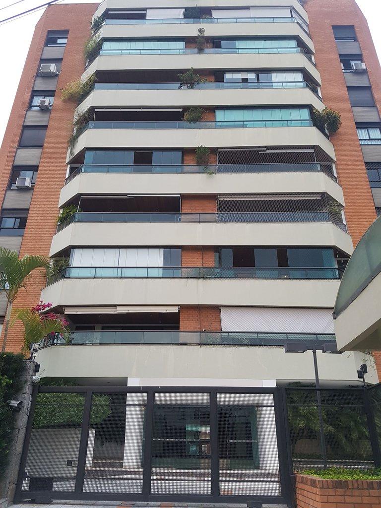 Fachada do Condomínio Piazza Dell'Alto