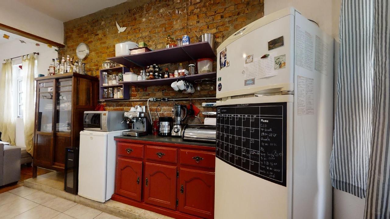 https://content.loft.com.br/homes/6k39vk/desktop_kitchen02.jpg