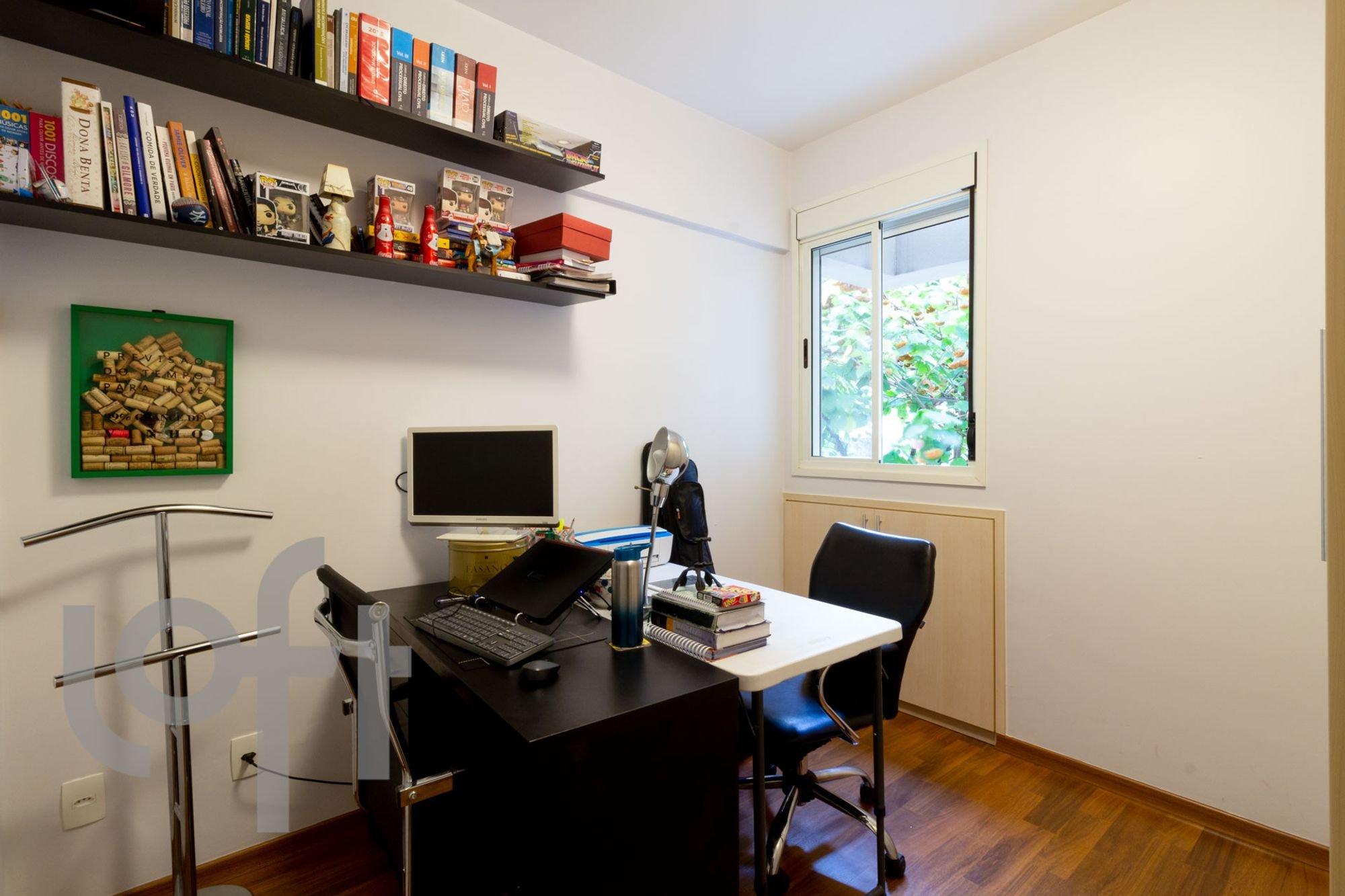 desktop_master_bedroom20.jpg