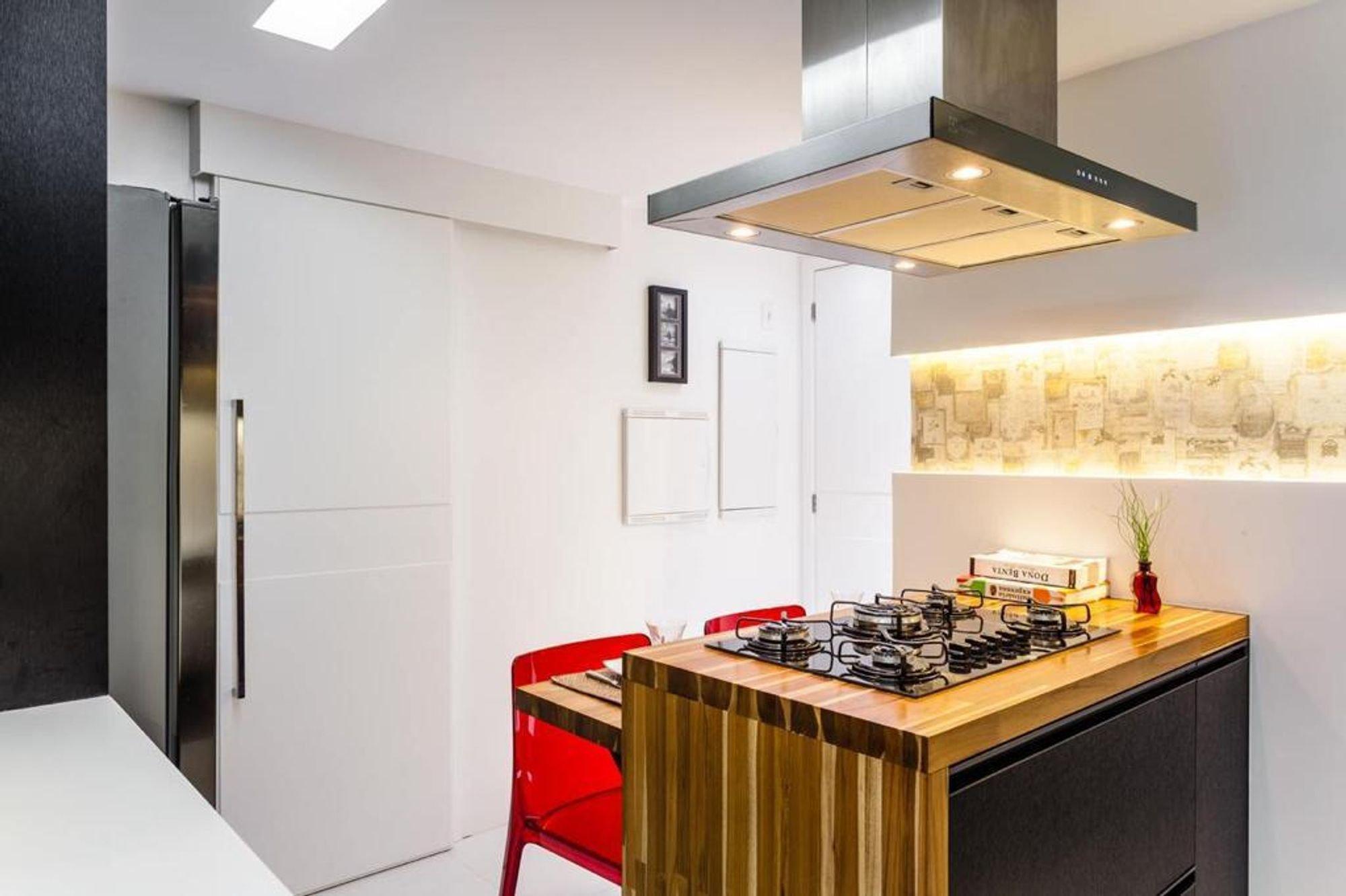 Foto de Cozinha com mesa de jantar