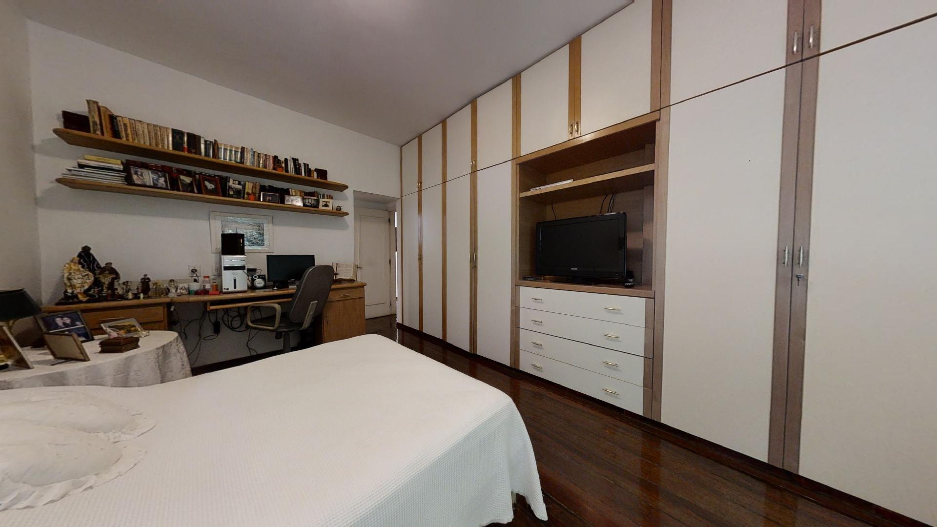 desktop_master_bedroom25.jpg