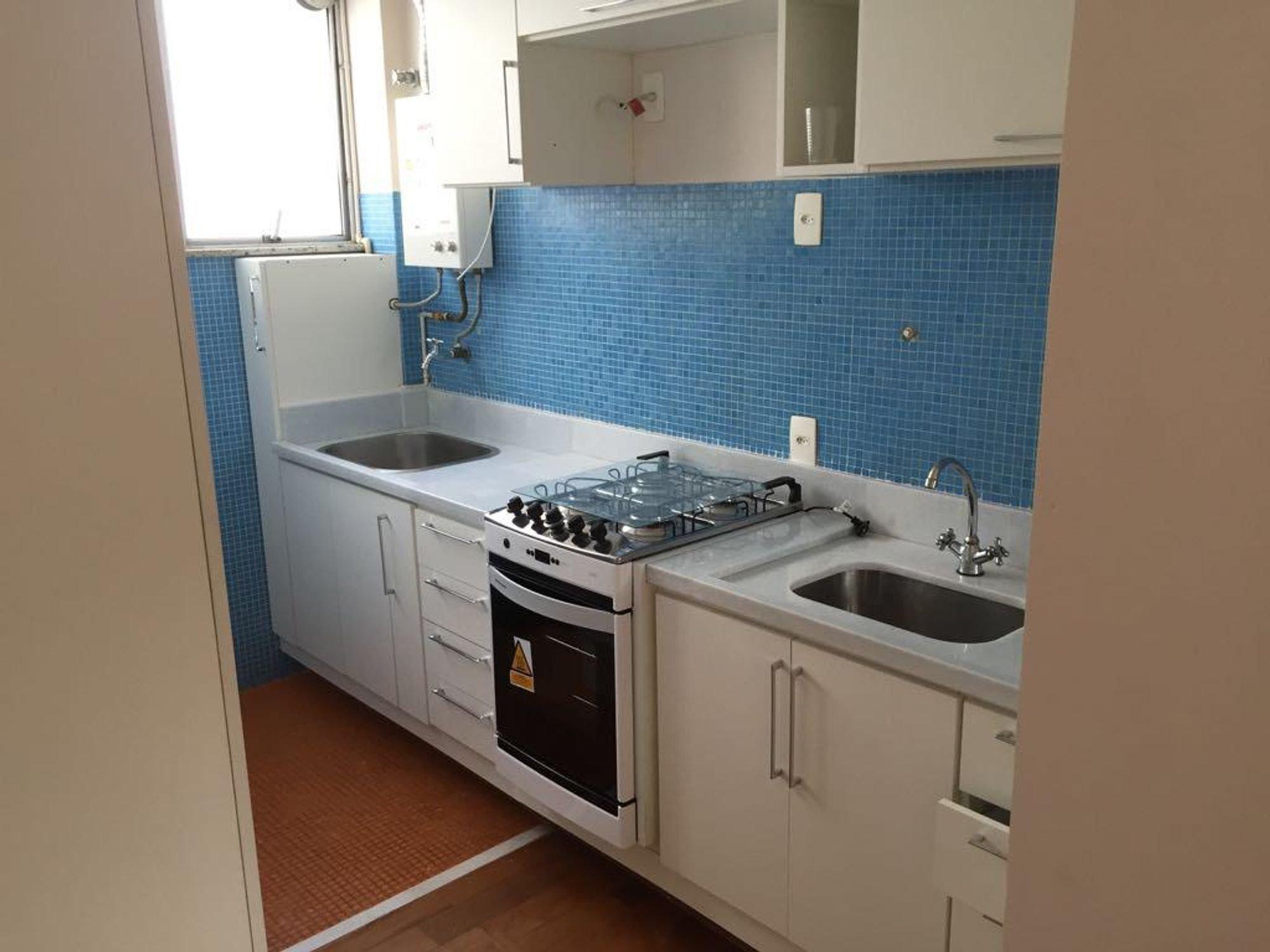 https://content.loft.com.br/homes/vllnnn/desktop_kitchen04.jpg