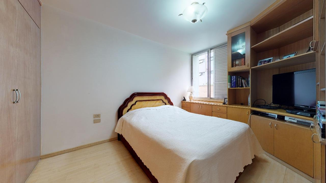 desktop_master_bedroom21.jpg
